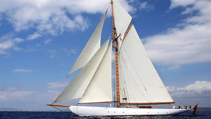 """1904 Camper and Nicholson Classic Sailing Yacht """"Merrymaid"""" – Legends of the Seas"""