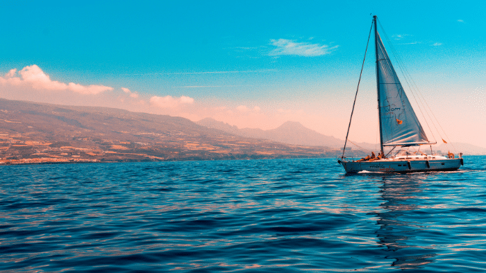 Let's Go Sailing: Six Items You Shouldn't Leave At Home
