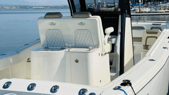 World Cat 280CC-X Center Console Boat