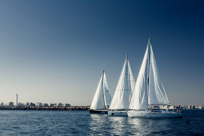 sailboats on the river, boat types