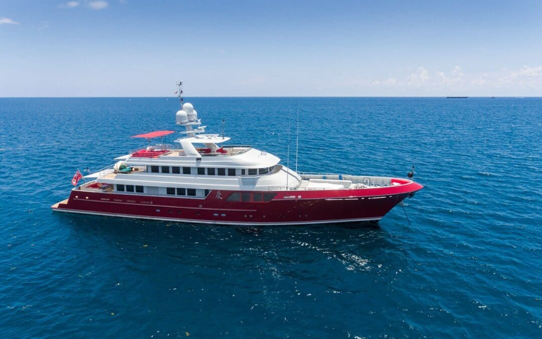 5 Elements of a Great Yacht Listing